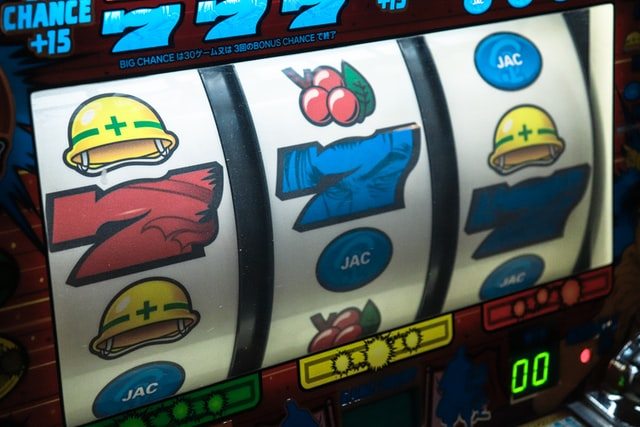 Can you win online slots?