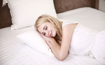How To Choose The Right Pillow For Your Body Type